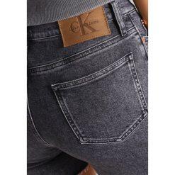 Calvin Klein Jeans Szorty jeansowe vintage black. Czarne jeansy damskie Calvin Klein Jeans, z bawełny, vintage. W wyprzedaży za 239,40 zł.