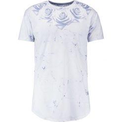 T-shirty męskie z nadrukiem: SIKSILK MARBLE ROSE CURVED HEM TEE Tshirt z nadrukiem off white