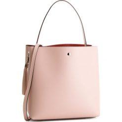 Torebka CREOLE - K10427 Jasny Róż Gr. Skóra. Czerwone torebki klasyczne damskie Creole, ze skóry. W wyprzedaży za 239,00 zł.