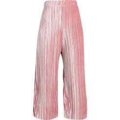 Spodnie dresowe damskie: Topshop Petite PLEAT CULOTTES Spodnie treningowe pink