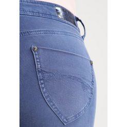Freeman T. Porter CLARA  Jeansy Slim Fit insignia blue. Niebieskie jeansy damskie marki Freeman T. Porter. W wyprzedaży za 203,40 zł.