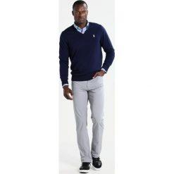 Polo Ralph Lauren Golf Sweter french navy. Niebieskie golfy męskie marki Polo Ralph Lauren Golf, l, z materiału. W wyprzedaży za 447,20 zł.