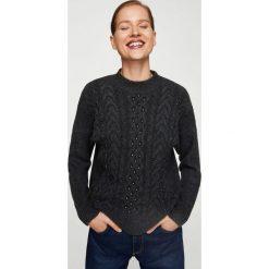 Swetry klasyczne damskie: Mango – Sweter Meteor