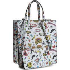 Torebka CARINII - Crn 777-177-000-000 Naklejki Biała Mała. Białe torebki klasyczne damskie Carinii, ze skóry, duże. W wyprzedaży za 509,00 zł.