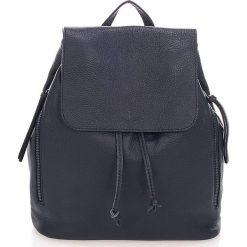 Plecaki damskie: Skórzany plecak w kolorze granatowym – 36 x 40 x 13 cm