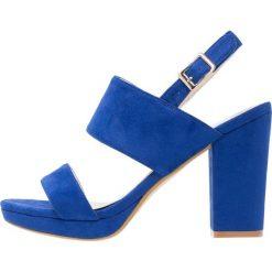 Rzymianki damskie: XTI Sandały na obcasie azul