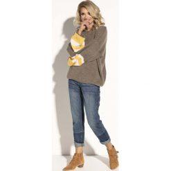 Mocca Oversizowy Sweter z Bufiastym Rękawem w Paski. Szare swetry oversize damskie Molly.pl, uniwersalny, z jeansu. Za 126,90 zł.