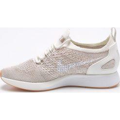 Nike Sportswear - Buty Air Zoom Mariah. Szare buty sportowe damskie Nike Sportswear, z gumy. W wyprzedaży za 499,90 zł.