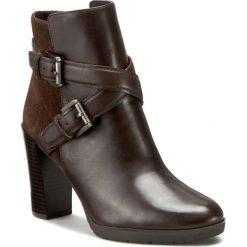 Botki GEOX - D Raphal A D643AA 04323 C6009 Coffee. Brązowe buty zimowe damskie Geox, ze skóry, na obcasie. W wyprzedaży za 339,00 zł.
