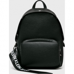 Calvin Klein Jeans - Plecak. Czarne plecaki damskie Calvin Klein Jeans, z jeansu. Za 649,90 zł.