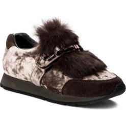 Sneakersy ALMA EN PENA - V17460 Taupe. Brązowe sneakersy damskie Alma en Pena, z materiału. W wyprzedaży za 309,00 zł.