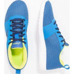 ASICS KANMEI Obuwie do biegania treningowe directoire blue/peacoat/energy green. Niebieskie buty sportowe chłopięce Asics, z materiału. W wyprzedaży za 148,85 zł.