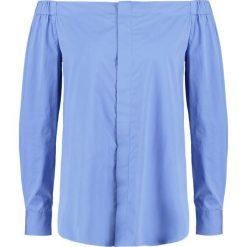 Polo Ralph Lauren Bluzka gentry blue. Niebieskie bluzki damskie Polo Ralph Lauren, l, z bawełny, polo. W wyprzedaży za 454,30 zł.