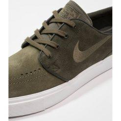 Nike SB ZOOM STEFAN JANOSKI Tenisówki i Trampki sequoia/medium olive/summit white/medium brown. Zielone tenisówki męskie Nike SB, z materiału. Za 359,00 zł.