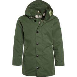 Scotch Shrunk MIDLENGTH JACKET WITH CONTRAST INTERNAL Parka crocodile. Zielone kurtki dziewczęce marki Scotch Shrunk, z bawełny. W wyprzedaży za 384,30 zł.
