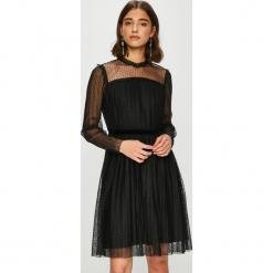 Only - Sukienka Rose. Szare długie sukienki marki ONLY, s, z bawełny, z okrągłym kołnierzem. Za 149,90 zł.