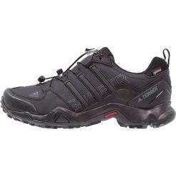 Adidas Performance TERREX SWIFT GTX Obuwie hikingowe core black/dark grey. Czarne buty sportowe męskie adidas Performance, z materiału, outdoorowe. W wyprzedaży za 439,20 zł.