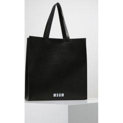 MSGM Torba na zakupy black/white. Czarne torebki klasyczne damskie MSGM. W wyprzedaży za 881,30 zł.