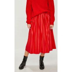 Medicine - Spódnica Essential. Szare spódniczki plisowane damskie MEDICINE, l, z elastanu, z podwyższonym stanem, midi. Za 99,90 zł.