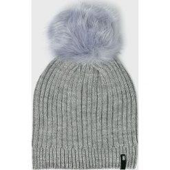 Answear - Czapka. Szare czapki zimowe damskie ANSWEAR, na zimę, z dzianiny. W wyprzedaży za 29,90 zł.