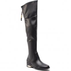Muszkieterki GUESS - FLPRI4 ELE11 BLACK. Czarne buty zimowe damskie Guess, z materiału, na obcasie. Za 859,00 zł.