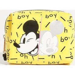 Kosmetyczka Mickey Mouse - Żółty. Żółte kosmetyczki damskie marki Sinsay, z motywem z bajki. W wyprzedaży za 19,99 zł.