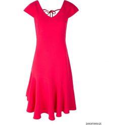 Sukienka Oretta. Czerwone sukienki letnie marki Pakamera, midi, dopasowane. Za 339,00 zł.