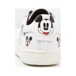MOA Master of Arts Tenisówki i Trampki white. Białe buty sportowe chłopięce MOA - Master of Arts, z materiału. W wyprzedaży za 551,20 zł.