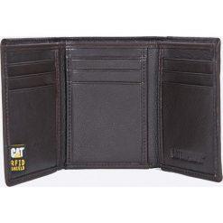 Caterpillar - Portfel skórzany. Brązowe portfele męskie Caterpillar, z materiału. W wyprzedaży za 149,90 zł.