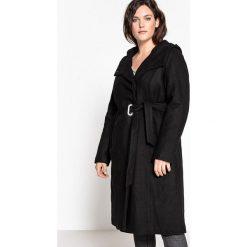 Płaszcze damskie pastelowe: Płaszcz z kapturem i paskiem