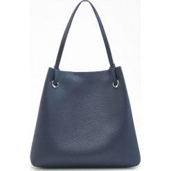 Torebki klasyczne damskie: Duża torba na ramię – Granatowy