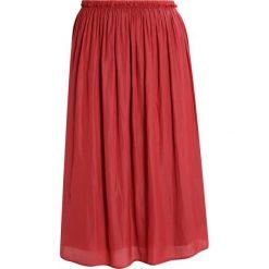 Spódniczki trapezowe: Betty & Co Spódnica trapezowa rosewood