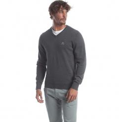 Sweter w kolorze szarym. Niebieskie swetry klasyczne męskie marki GALVANNI, l, z okrągłym kołnierzem. W wyprzedaży za 173,95 zł.