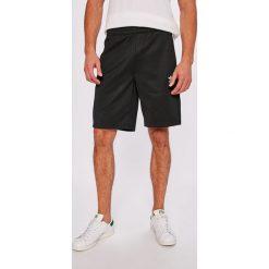 Adidas Originals - Szorty. Brązowe spodenki sportowe męskie marki adidas Originals, z bawełny. W wyprzedaży za 179,90 zł.