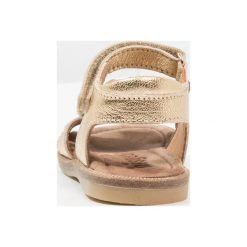 Bisgaard Sandały gold. Żółte sandały chłopięce Bisgaard, z materiału, z otwartym noskiem. Za 359,00 zł.