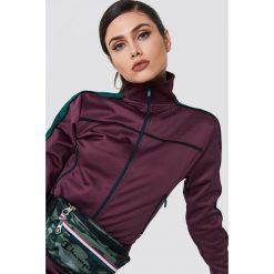 NA-KD Bluza sportowa z suwakiem - Purple. Fioletowe bluzy rozpinane damskie NA-KD, w paski, z poliesteru. Za 202,95 zł.