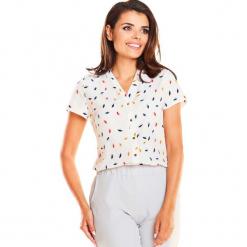 Koszulowa Bluzka z Dekoltem V z Krótkim Rękawem w Kolorowy Wzór. Czerwone bluzki koszulowe Molly.pl, l, w jednolite wzory, klasyczne, z krótkim rękawem. Za 109,90 zł.