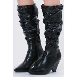 Czarne Kozaki My Happiness. Czarne buty zimowe damskie marki Kazar, ze skóry, na wysokim obcasie. Za 169,99 zł.
