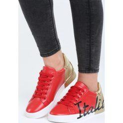 Czerwono-Złote Buty Sportowe Girls Go Bad. Pomarańczowe buty sportowe damskie marki Born2be, z materiału. Za 79,99 zł.