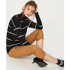 Koszulka z bawełny organicznej - Czarny. Czarne t-shirty damskie Reserved, l, z okrągłym kołnierzem. Za 24,99 zł.