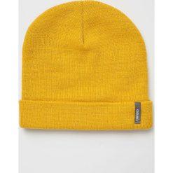 Answear - Czapka. Pomarańczowe czapki damskie ANSWEAR, na zimę, z dzianiny. W wyprzedaży za 29,90 zł.