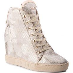 Sneakersy CARINII - B4078  L81-000-000-B88. Żółte sneakersy damskie Carinii, z materiału. W wyprzedaży za 299,00 zł.