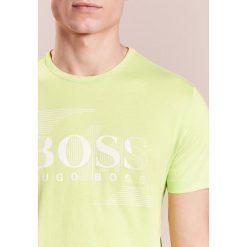 BOSS Green Tshirt z nadrukiem sunny lime. Żółte koszulki polo BOSS Green, m, z nadrukiem, z bawełny. Za 249,00 zł.