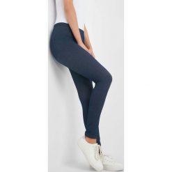 Jeansowe legginsy z gumką w pasie. Niebieskie legginsy marki Orsay, xs, z bawełny. Za 49,99 zł.