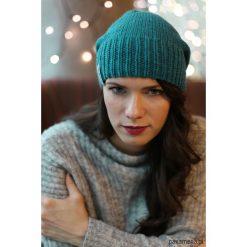 Czapka z czystej wełny robiona na drutach. Szare czapki zimowe damskie Pakamera, z wełny. Za 150,00 zł.