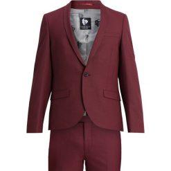 Twisted Tailor ELLROY SUIT SLIM FIT Garnitur bordeaux. Czerwone garnitury Twisted Tailor, z elastanu. Za 1089,00 zł.