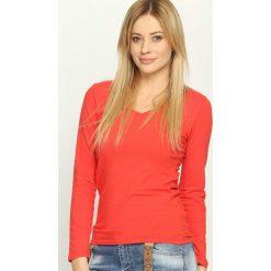 Czerwona Bluzka Convenience. Czerwone bluzki asymetryczne Born2be, l, z długim rękawem. Za 24,99 zł.