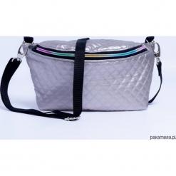 Mini torebka Nerka 2W1 Rainbow pikowana. Białe torebki klasyczne damskie Pakamera, z tkaniny, pikowane. Za 95,00 zł.