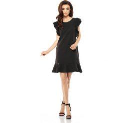 Sukienki balowe: Wizytowa sukienka z falbankami czarna
