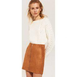 Spódniczki: Spódnica z imitacji zamszu - Brązowy